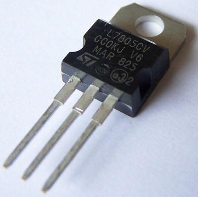 Voltage Regulator 5V - LM7805